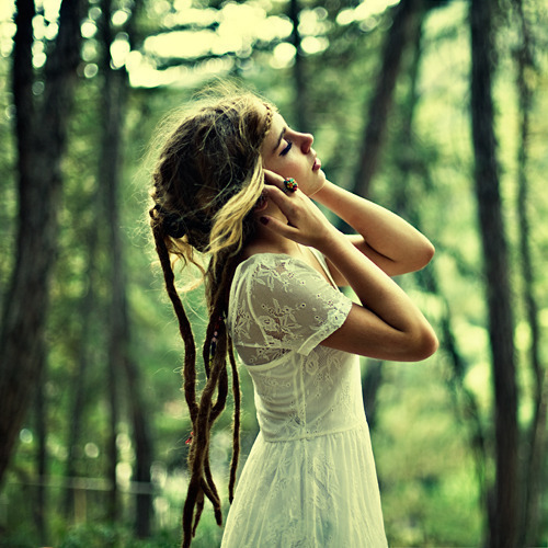 beautiful-dreadlocks-dress-forest-Favim.com-596205