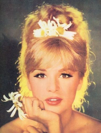 Hair Trend SS 2013- 1960s Style