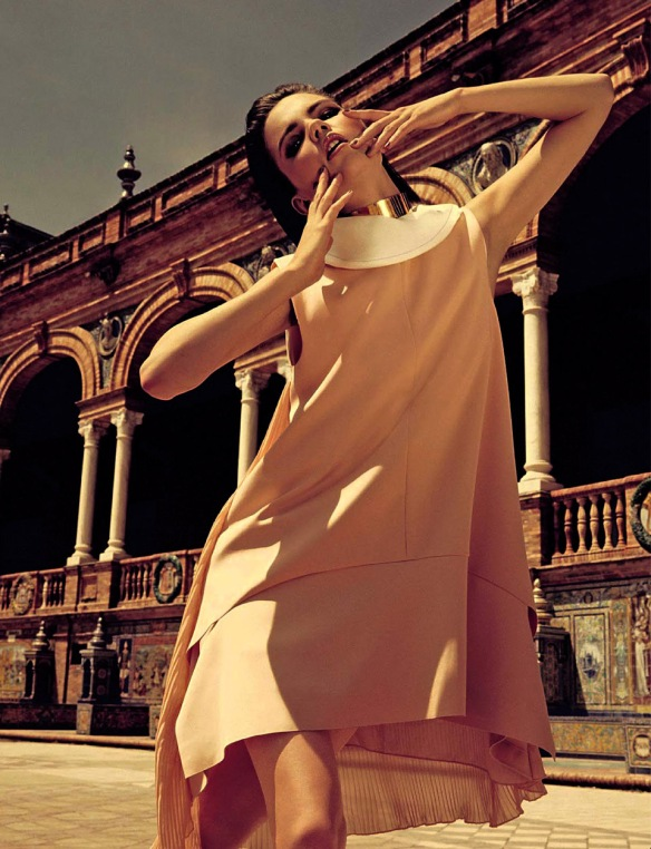 QUESTIONE DI STILE  AGNES NABUURS BY DAVID ROEMER FOR GLAMOUR ITALIA  JUNE 2013.3