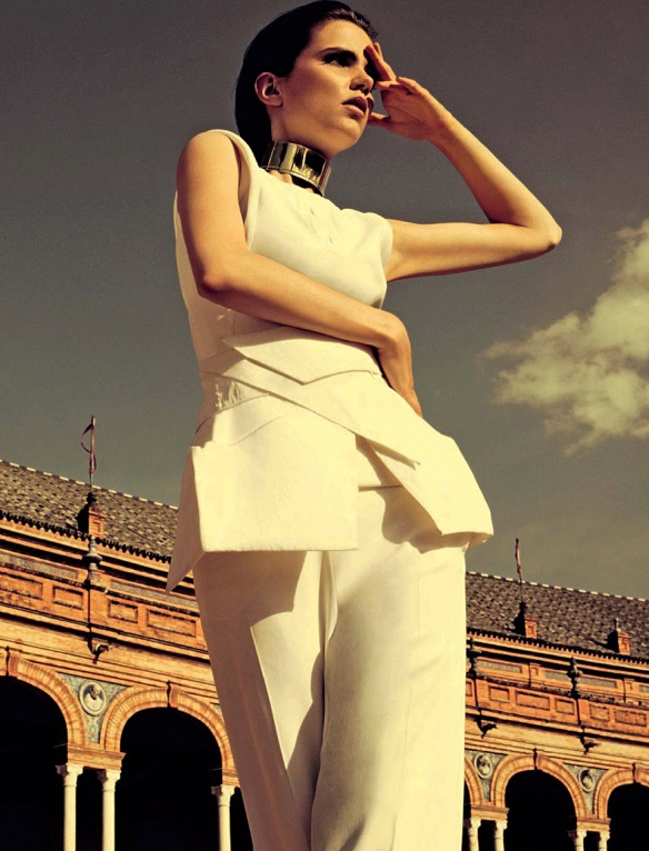 QUESTIONE DI STILE  AGNES NABUURS BY DAVID ROEMER FOR GLAMOUR ITALIA  JUNE 2013.4