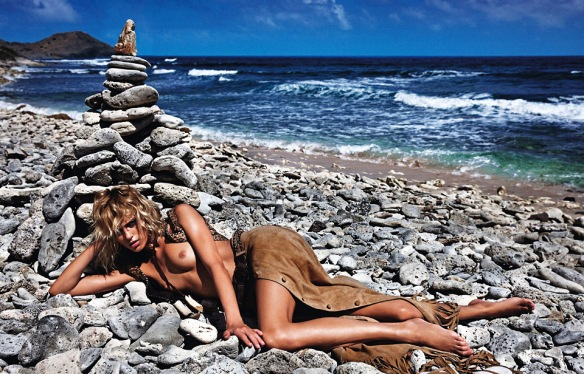 Sauvage Andreea Diaconu And Anja Rubik By Mario Sorrenti For Vogue Paris June 2013.9