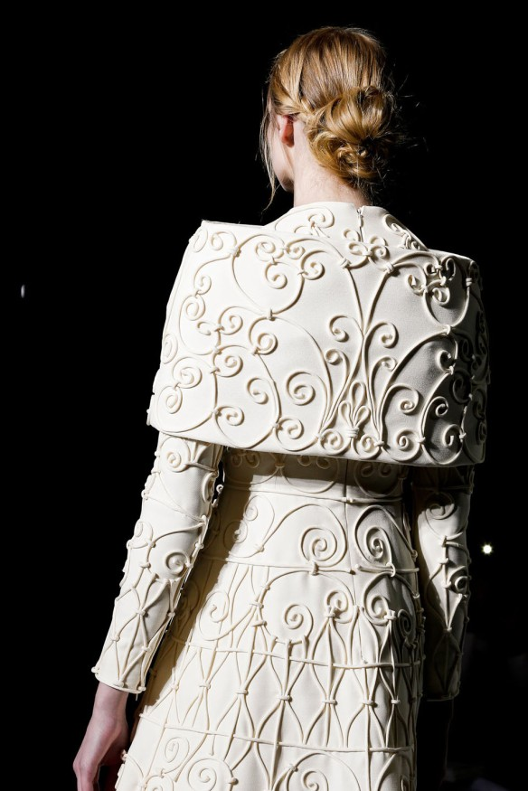 Valentino  Spring Summer 2013, Haute Couture collection-12