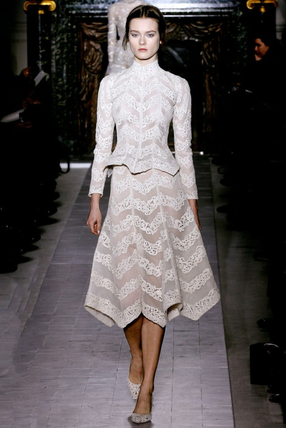 Valentino  Spring Summer 2013, Haute Couture collection-19
