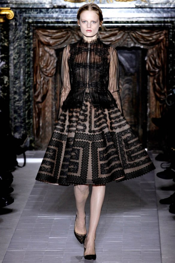 Valentino  Spring Summer 2013, Haute Couture collection-22