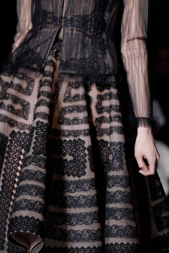 Valentino  Spring Summer 2013, Haute Couture collection-23