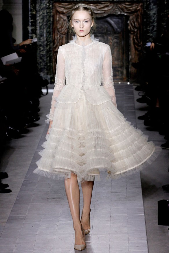 Valentino  Spring Summer 2013, Haute Couture collection-24