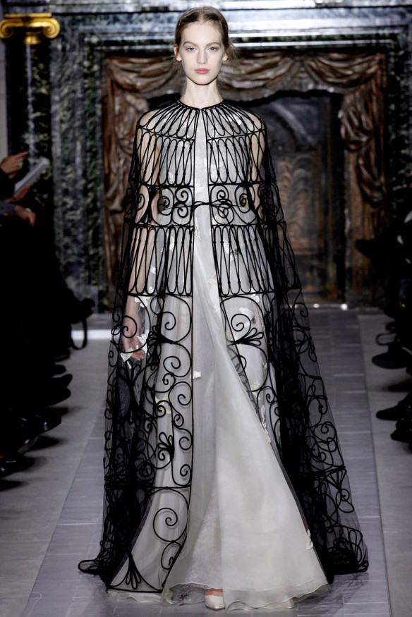 Valentino  Spring Summer 2013, Haute Couture collection-6