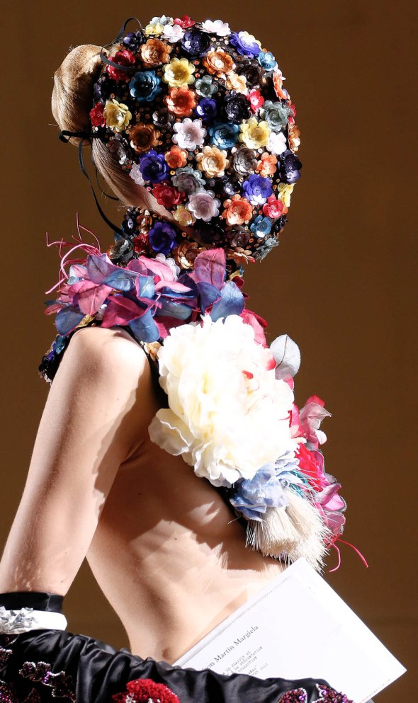 Maison Martin Margiela Autumn Winter 20132014  Haute Couture collection.3
