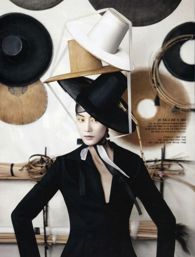 vogue-korea-august-2013-fashion-into-crafts-17