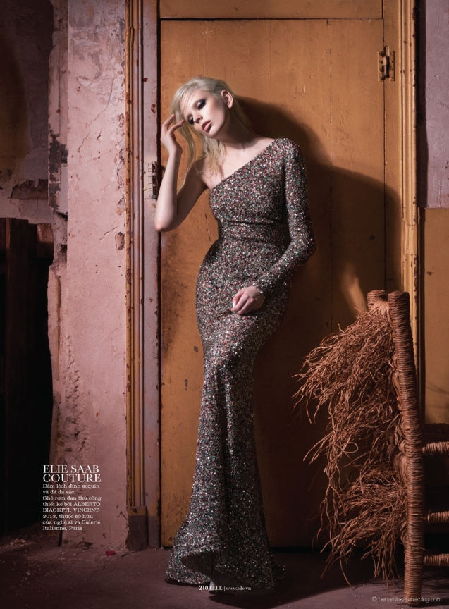 Chrystal-Copland-in-Dark-Couture-by-Benjamin-Kanarek-for-ELLE-Vietnam-06