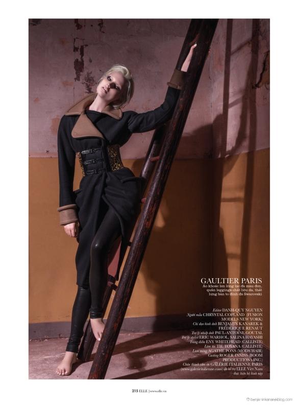 Chrystal-Copland-in-Dark-Couture-by-Benjamin-Kanarek-for-ELLE-Vietnam-11