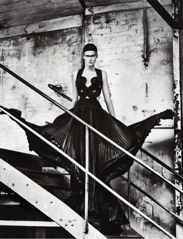 Toni Garrn By Txema Yeste For Numéro China #34 November 2013.12